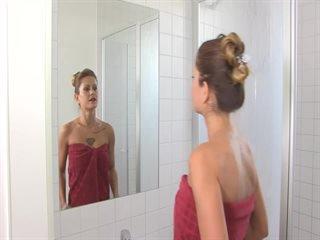 Dildo-Action in der Dusche