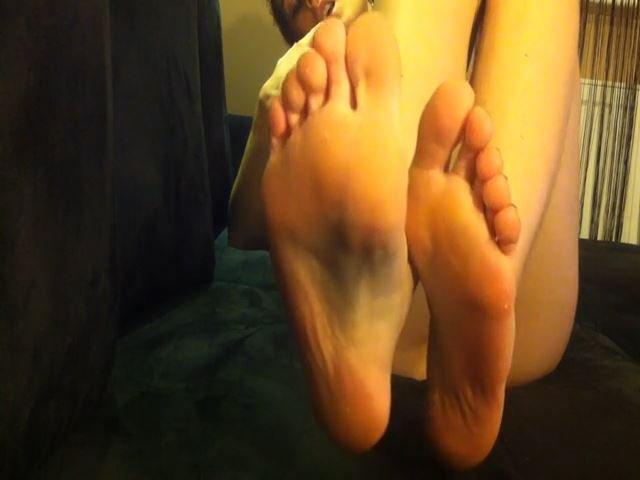 Füße!..