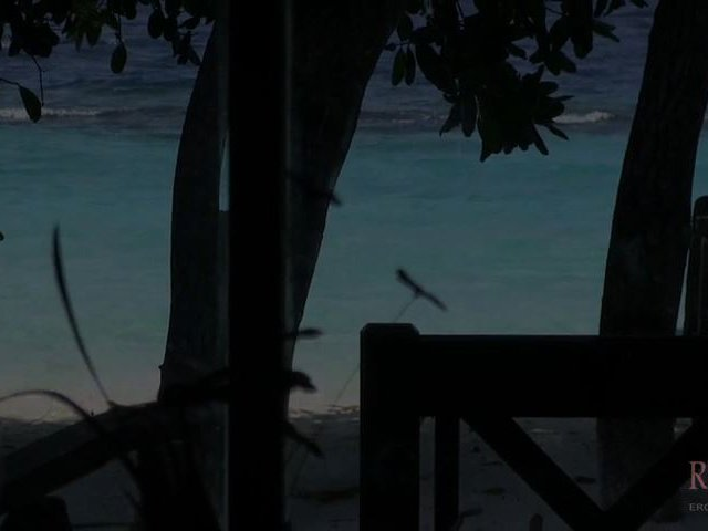 WillkommensBLOWJOB auf den Malediven...