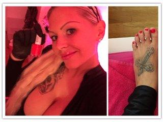 Für Fußfetischisten - Füße lackieren & FootJob  !!!