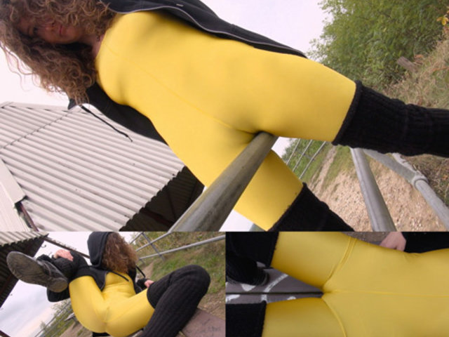 Yellow Cameltoe