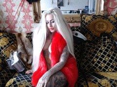 Barbie in LUXUSPELZ