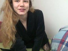1. VIDEO : Fickst du meine 19-jährigen Löcher?