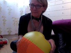 Wasserball, Schmuck und andere Fetische