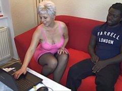 Black Man fickt mich vor der Webcam hemmungslos durch