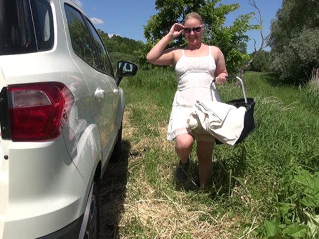 Outdoor mit neuem Riesendildo